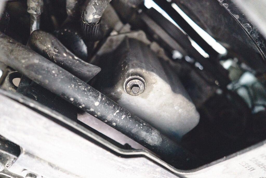 Сливная пробка поддона двигателя