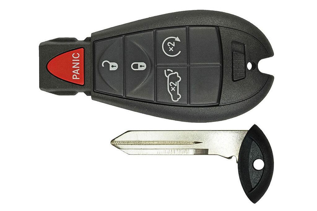 Ключ с автозапуском Гранд Чероки WK2 дорестайлинг