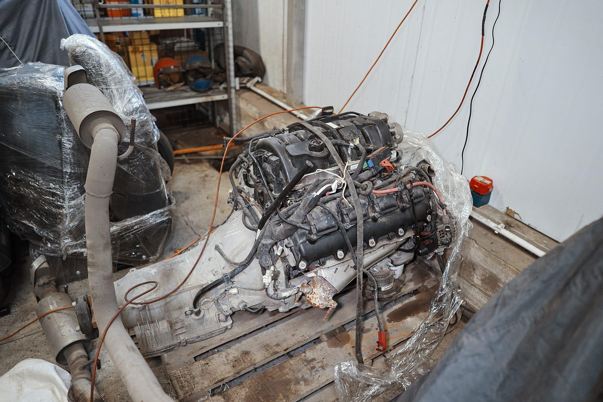 Двигатель Додж Челленджер 5.7