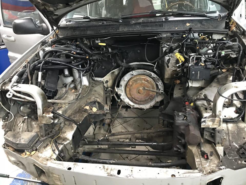 Вынимаем двигатель для диагностики