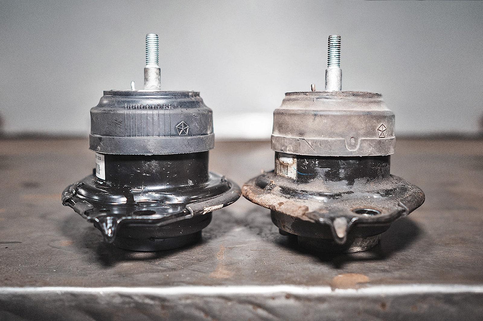 Опоры двигателя Гранд Чероки – прямое сравнение