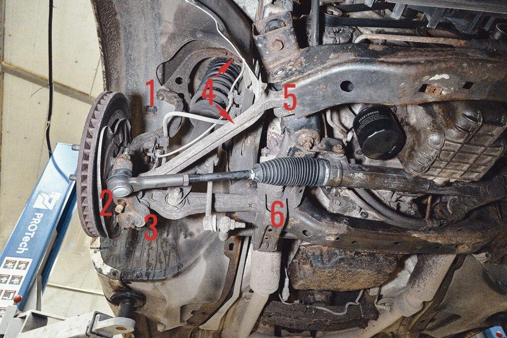 Передние рычаги Крайслер 300С