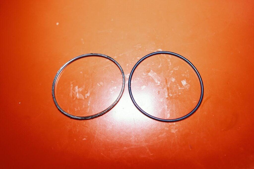 Уплотнительное кольцо 68102940AA