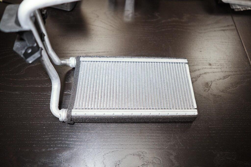 Новый радиатор печки Додж Джорни