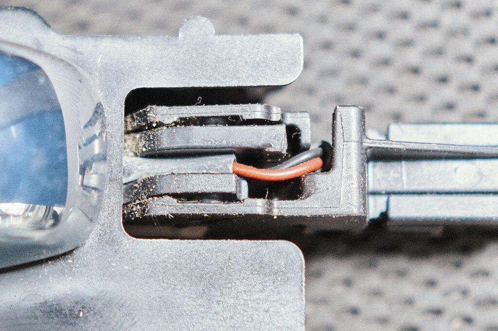 В этой точке чаще всего сгнивают провода