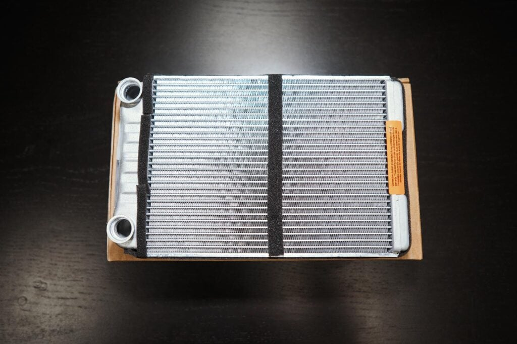 Радиатор печки Гранд Чероки WK2