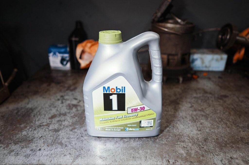 Сервисный объём масла 3.8 литра