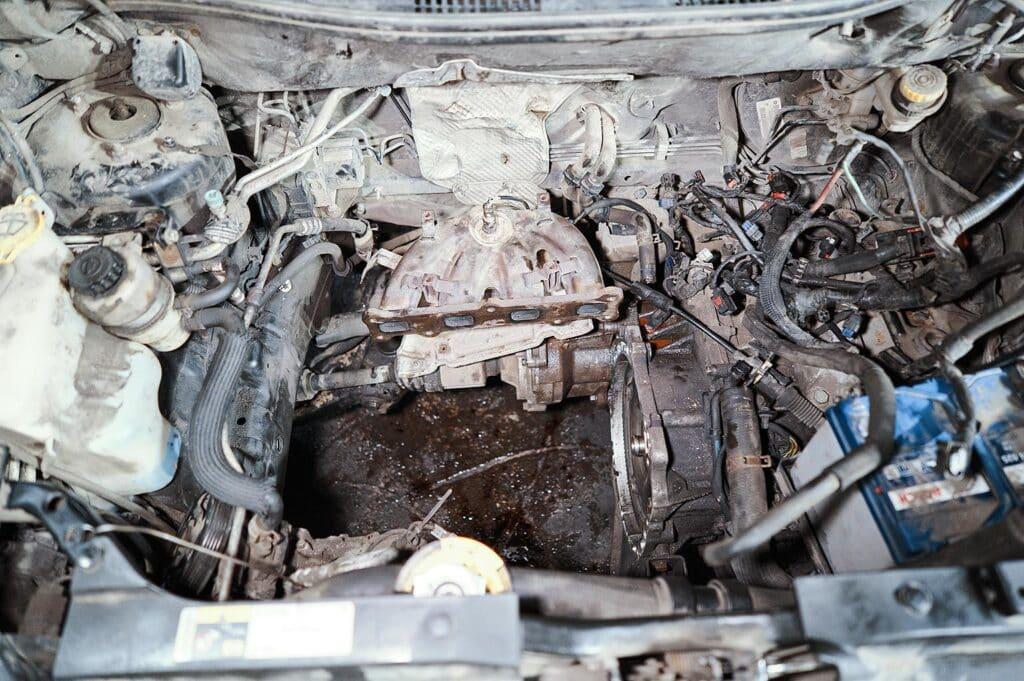Вынимаем двигатель Джип Компас