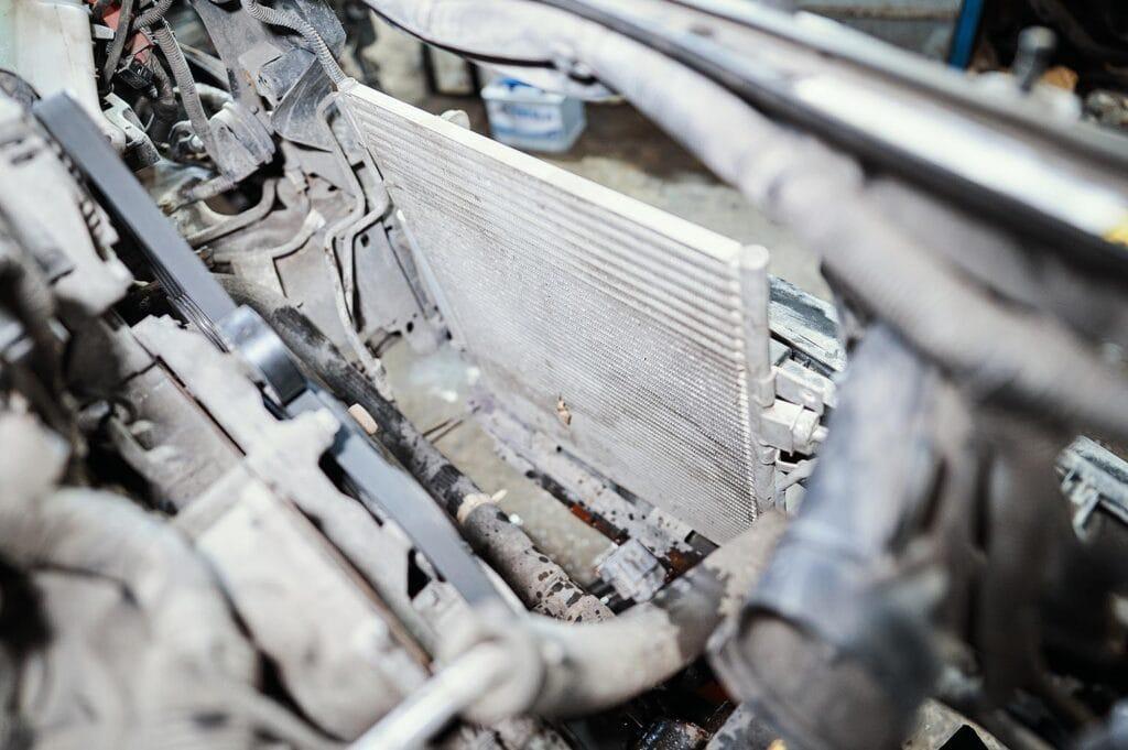 Можно промыть радиатор кондиционера