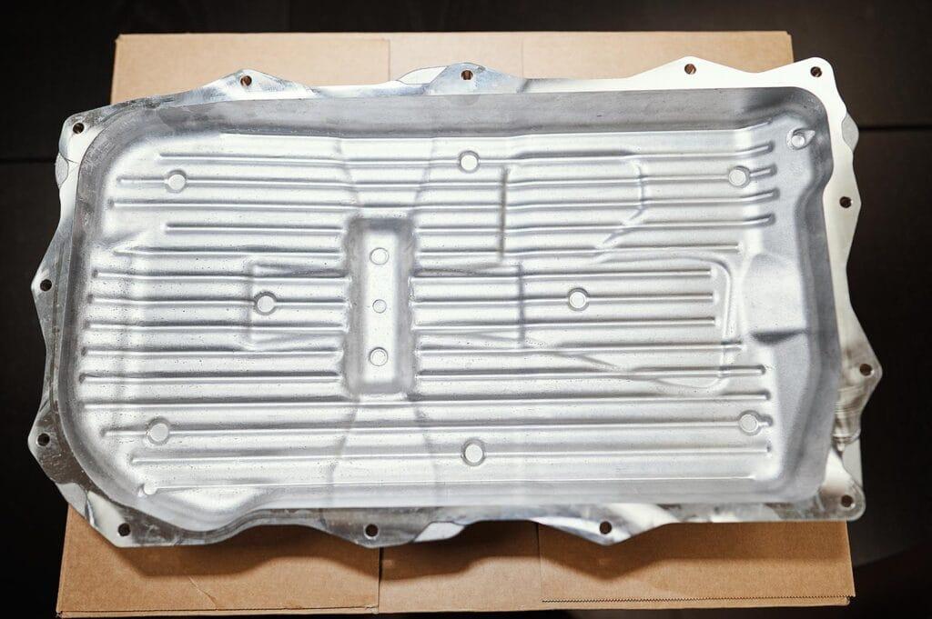 Алюминиевый поддон АКПП Grand Cherokee (вид изнутри)
