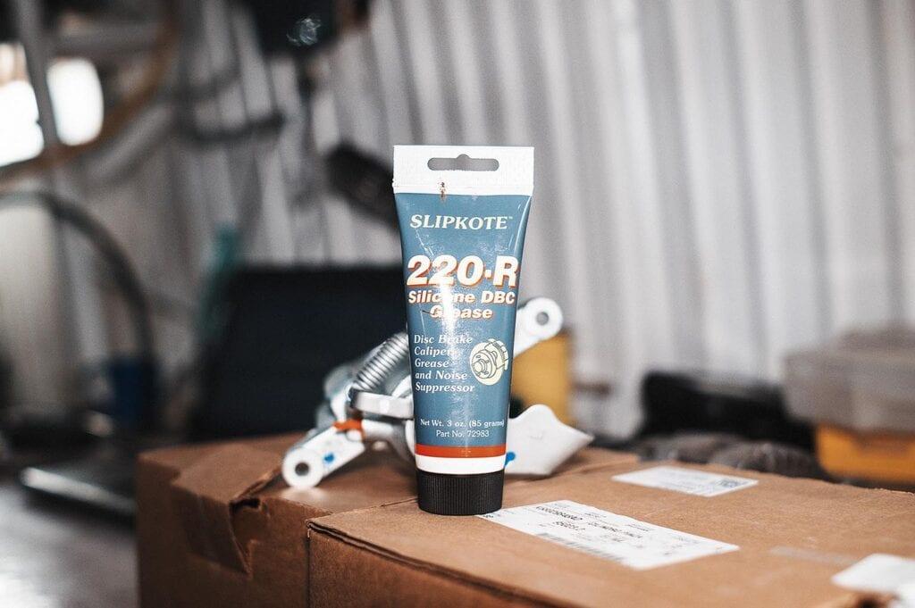 Проверенная смазка Slipkote 220R